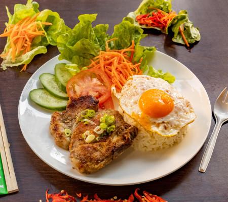 Charcoal pork rice