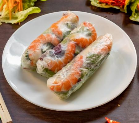 Charcoal  lemongrass Chicken rice paper rolls